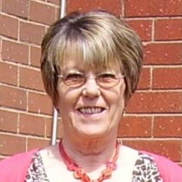 Photo of Councillor Lawton