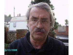 Photo of Councillor Steve Robinson